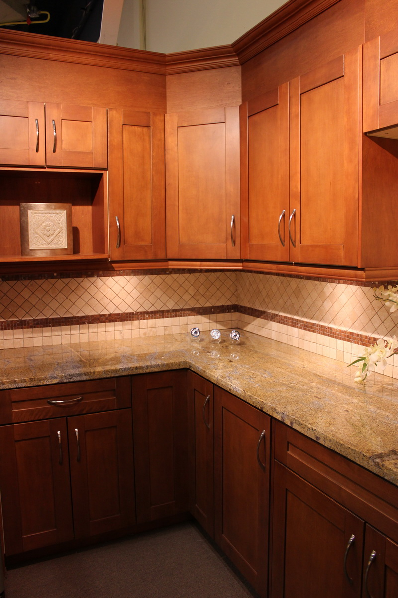 Cowry kitchen cabinets and countertops - Http Cowrycabinets Com Cowry Kitchen Cabinets Products 270 Cognac Sigproid9d4d0429ac
