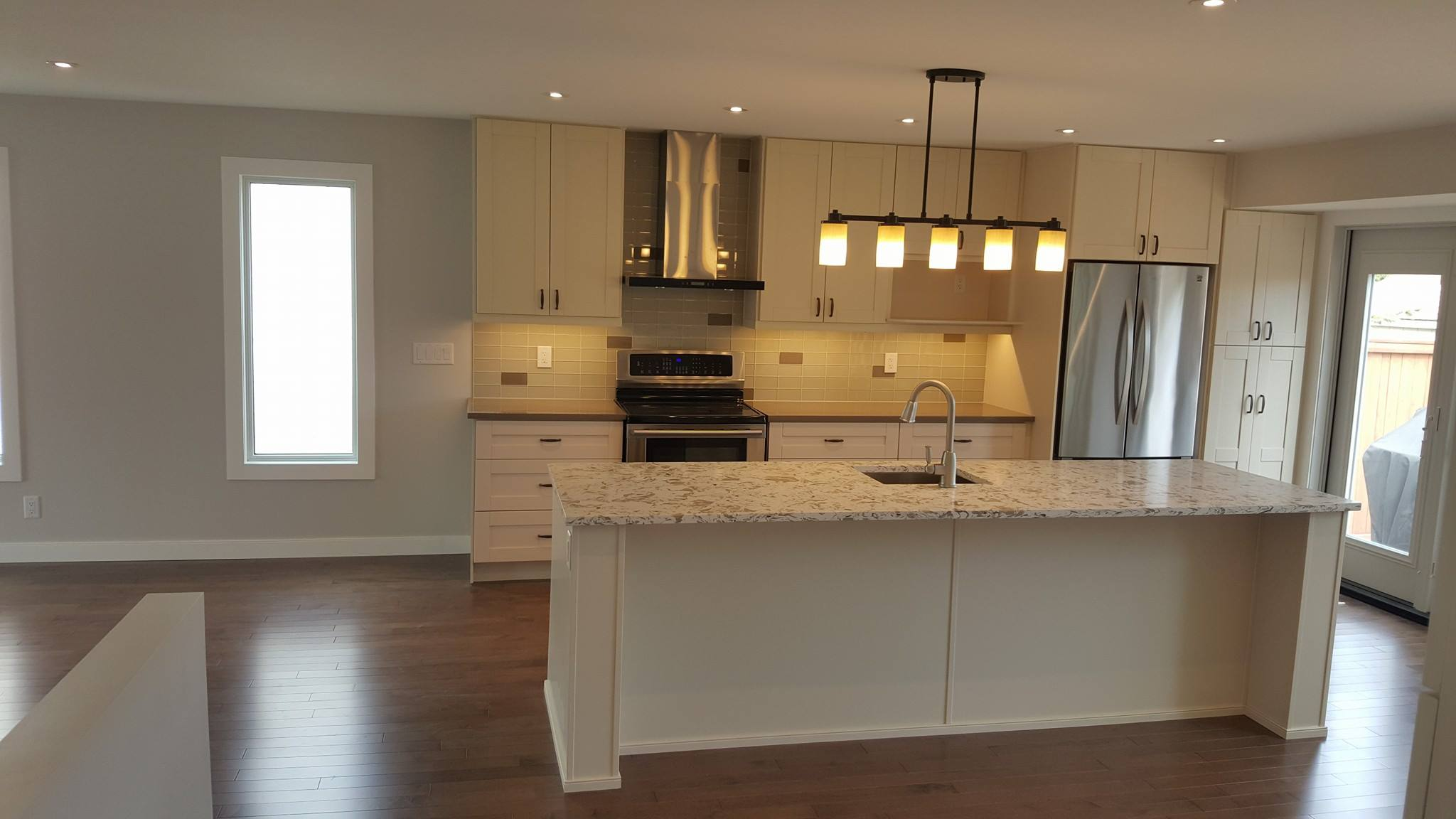 Cowry kitchen cabinets and countertops - Http Cowrycabinets Com Cowry Kitchen Cabinets Products 297 Pearl White Sigproid5f5529d16e